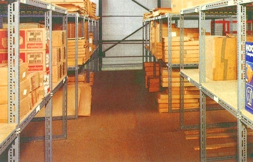 Construction systems 39 diy 39 mezzanine floor installation for Mezzanine floor construction details